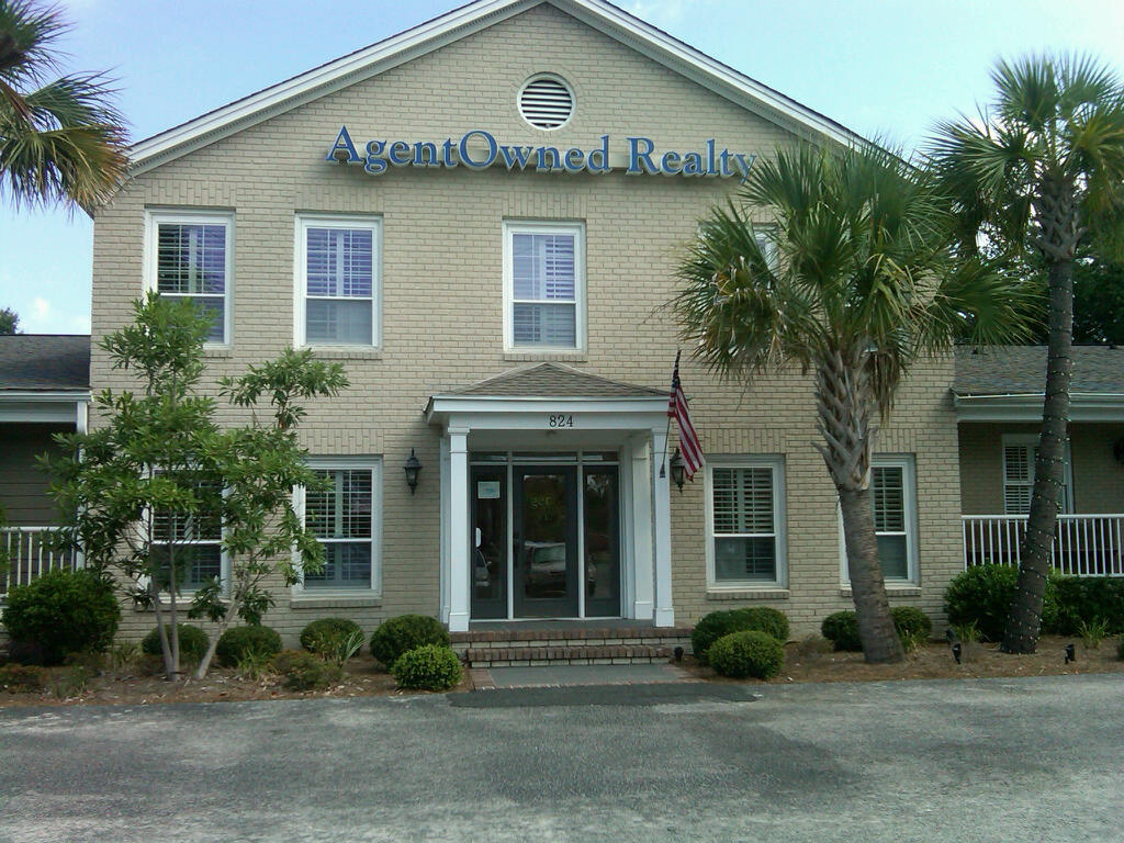 photo of AgentOwned real estate office at Johnnie Dodds, Mt Pleasant SC